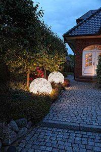 idyllische Gartenlampen